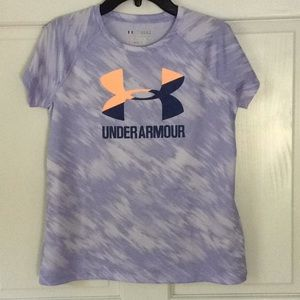 Under Armour Girls Loose Fit Shirt Size Large